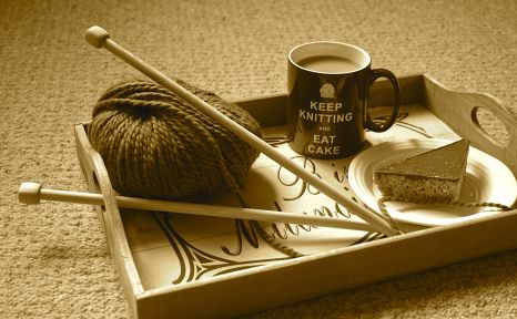 Knitting, tea and cake - bliss!