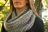 Click here to purchase the knitting pattern for the Skye Snood.