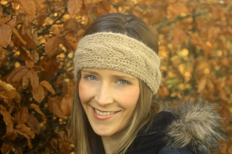 Click here to purchase the knitting pattern for the Cairns Headband.