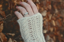 Click here to purchase the knitting pattern for the Coast Fingerless Gloves.