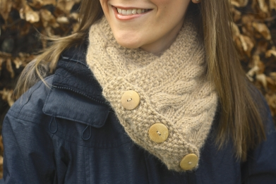 Click here to purchase the knitting pattern for the Cairns Scarf.